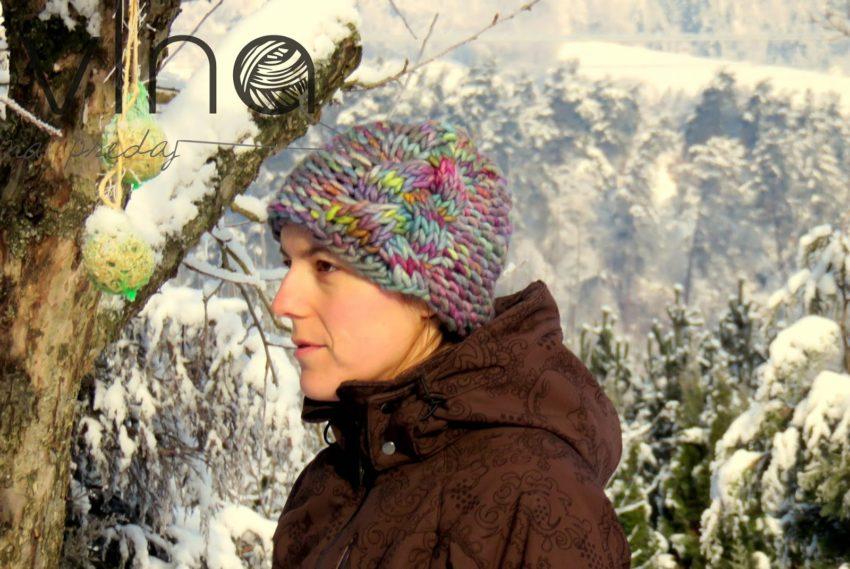 Pletená čiapka s osmičkou